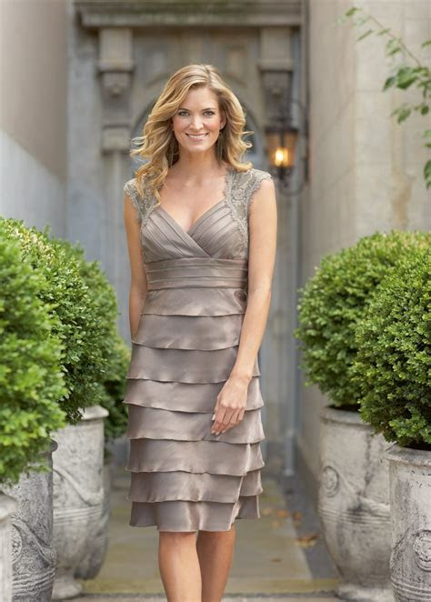 Mother of the groom dresses for summer wedding Photo   4