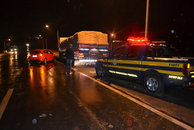 Perseguição policial termina em acidente na BR 407, entrada de Jaguarari