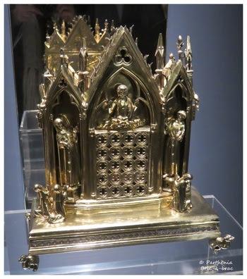 Reliquaire-chapelle de la Sainte Tunique sans couture