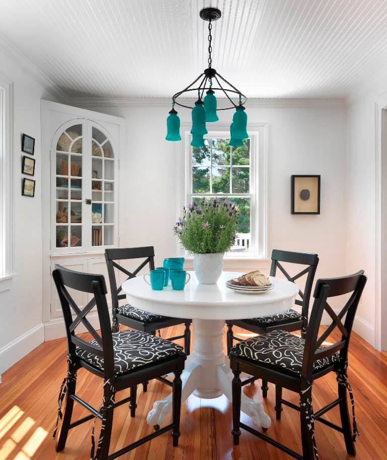 10 Amazing Small Dining Table Ideas For Saving Space