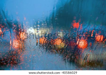 Tips : Memandu Ketika Hujan Lebat