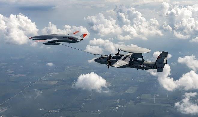 Беспилотник MQ-25 Stingray сумел провести дозаправку самолета в воздухе