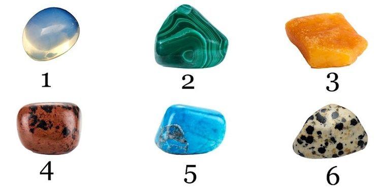 Elige la piedra que te atraiga rápidamente y sabrás algo de ti que necesitas saber!