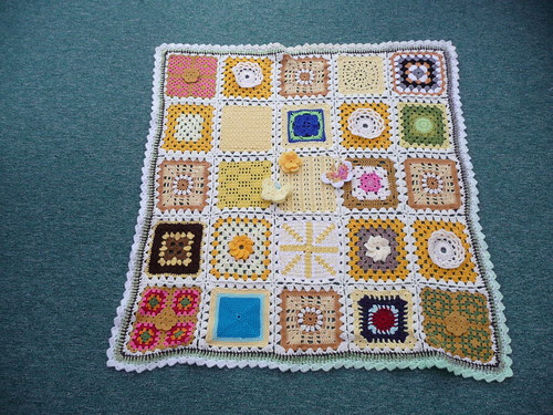 Thanks to Marilyn for assembling, and thanks to everyone who sent in these beautiful Squares!