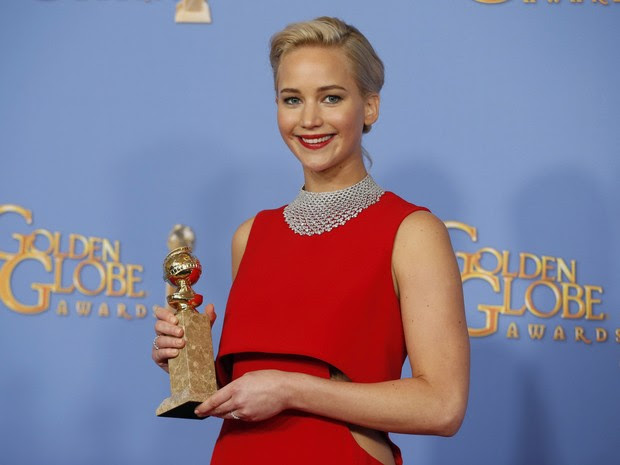 Jennifer Lawrence vence o Globo de Ouro de melhor atriz de comédia ou musical (Foto: REUTERS/Lucy Nicholson)