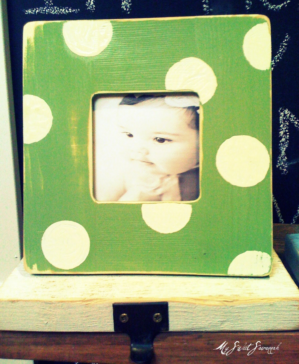 Photo stocking holder/apple green with dots