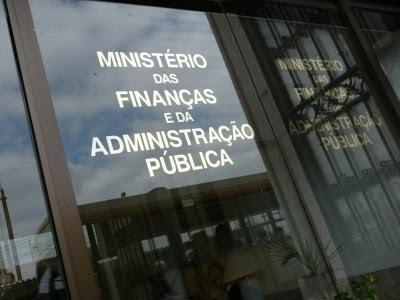 Oposição revogou aumento dos limites da despesa pública