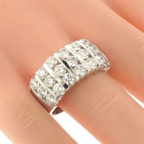 VIP Jewelry Art   3.00 CT 7 Row Bar Channel Set Round