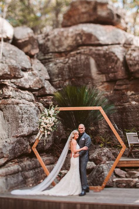 HEXAGON ARBOUR ? The Wedding   Event Creators