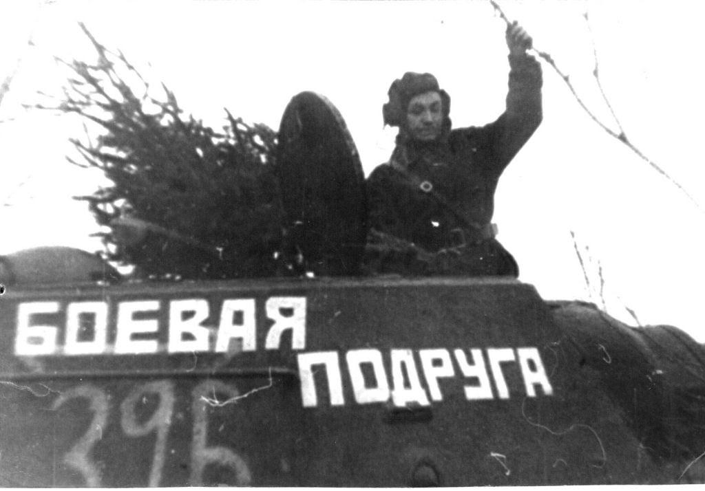 A russa que comprou um tanque para vingar seu marido na Segunda Guerra Mundial