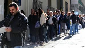 Grecia. La Commissione Ue non è soddisfatta? Non lo sono nemmeno milioni di greci disoccupati..