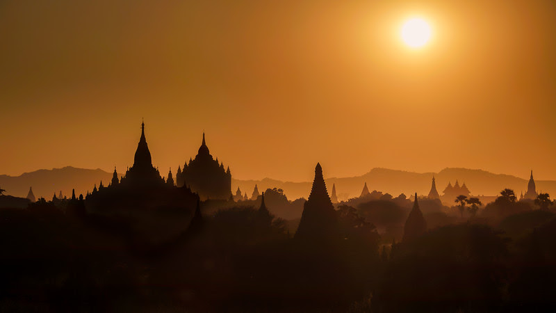 Bagan silhouette at sunset