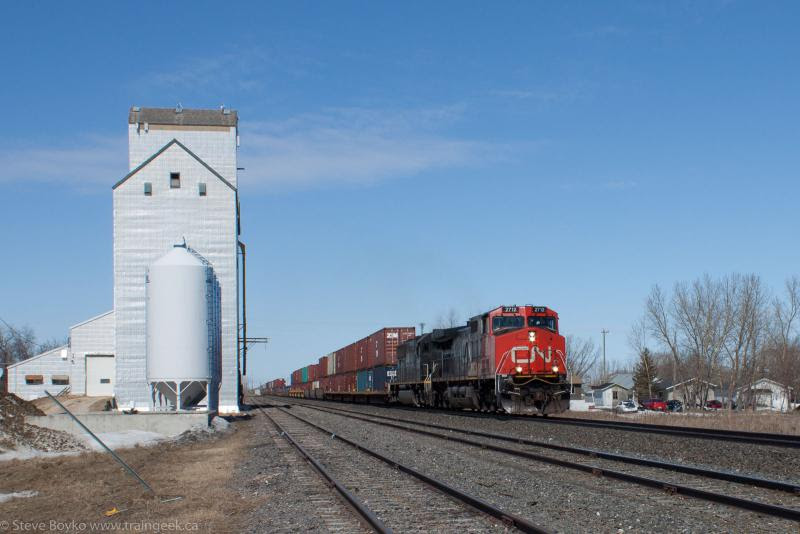 IC 2712 at Dufresne