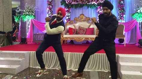 Best punjabi wedding dance video   manmeet   YouTube