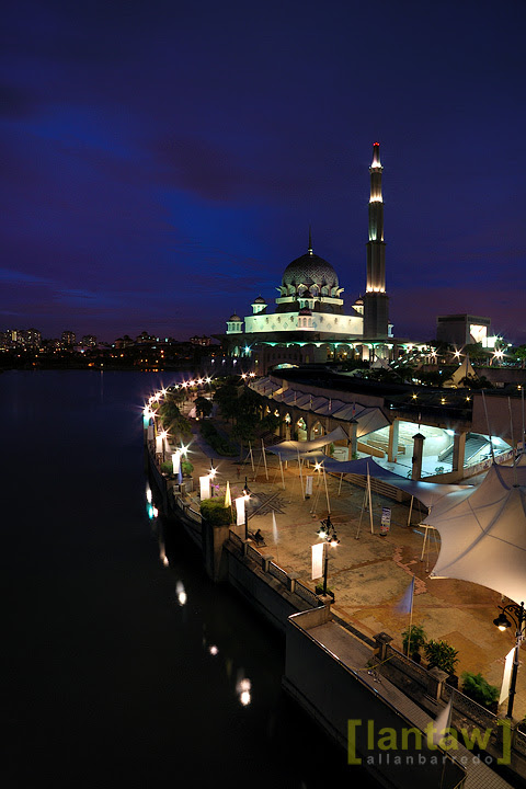 Masjid Putra after sunset