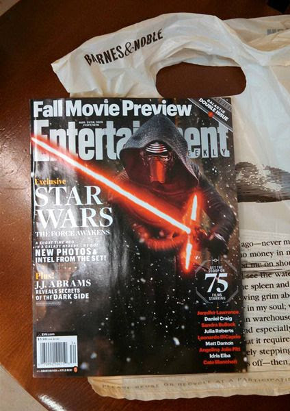 My copy of the Entertainment Weekly magazine issue focusing on STAR WARS: THE FORCE AWAKENS.