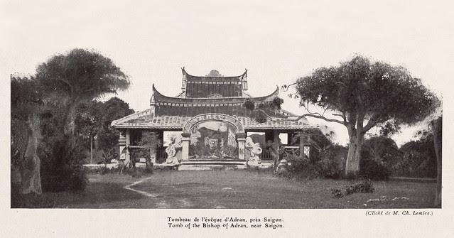 Tombeau de l'évêque d'Adran, près Saigon - Lăng mộ Cha Cả (GM Pigneau de Béhaine) gần Sài Gòn