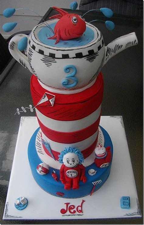 Dazzling Cat In The Hat Birthday Cake