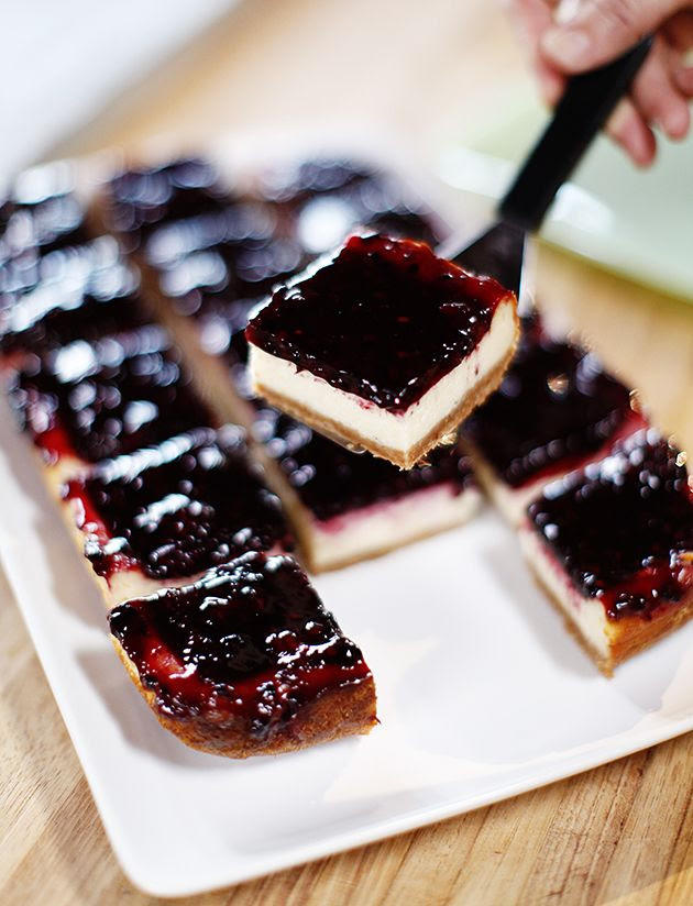 Pioneer Woman blackberry cheesecake squares