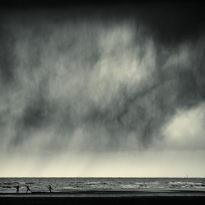 http://www.chromasia.com/images/rain_dance_b.jpg