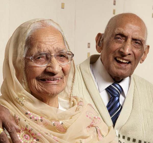 perierga.gr - Μετράνε 87 χρόνια γάμου!
