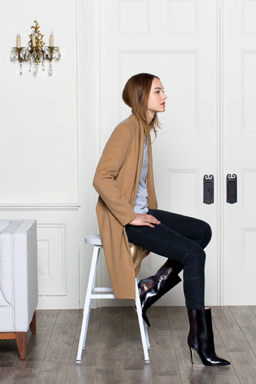 LE FASHION BLOG LOOKBOOK EMERSON FRY FALL 2013 SINGLE WELT CAMEL COAT Grey Gray Raglan Sleeve Shirt Tee Dark Grey Coal Mick Pant with Ankle Zips Zippers Black Midi Leather and Snake Booties Boots Clean Classic Effortless Looks Parisian Feel 1 photo LEFASHIONBLOGLOOKBOOKEMERSONFRYFALL2013SINGLEWELTCAMELCOAT1.png