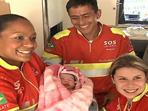 Recém-nascida e mãe passam bem (Foto: Reprodução/ RPCTV)