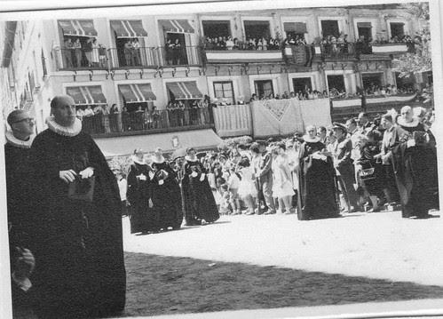 Procesión del Corpus Christi de Toledo el 21 de junio de 1962. Fotografía de Eduardo Butragueño Bueno