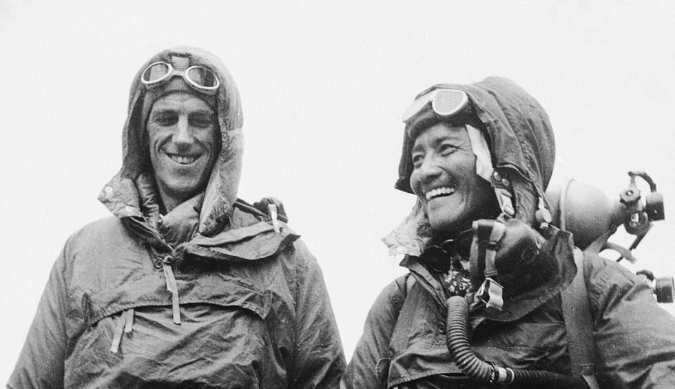 Hillary y Tenzing, tras su ascensión al Everest.