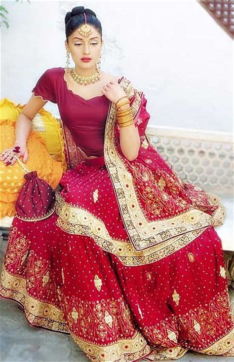 Pakistani Shaadi Lehngas Designs ? Latest Wedding Dresses
