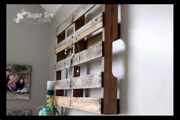 Pallet clock | Sugarbee Crafts