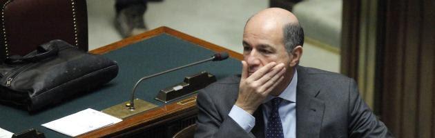 """Passera: """"Io indagato? Non c'è incompatibilità con ruolo di ministro nè con quello che farò"""""""