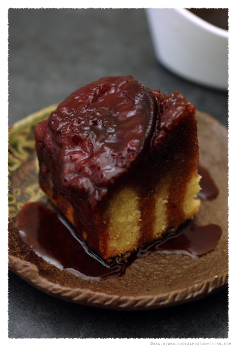 upside down blood plum cake© by Haalo
