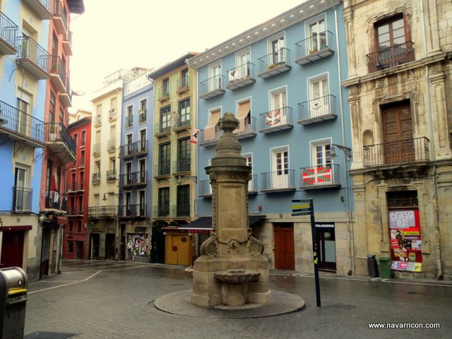 La Navarreria, a great place for pintxos and parties