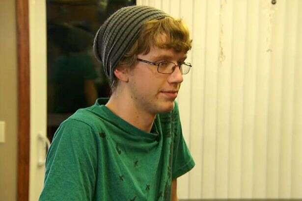 Gavin Walla, 17 anos.