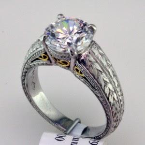 Platinum moldeada y fabricada en Oro 18k y solitario, I-21599