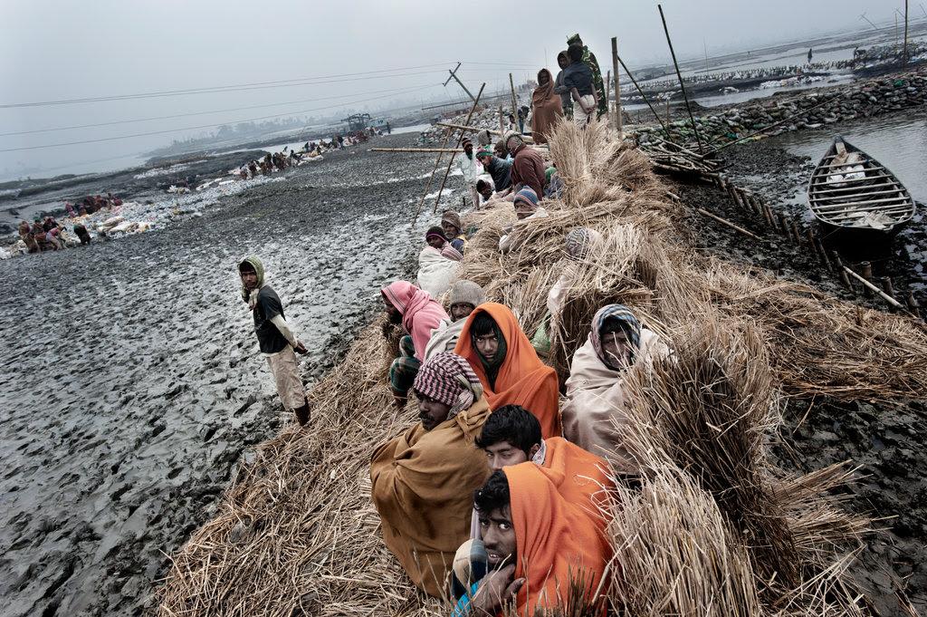 27bangladesh-lede-jumbo