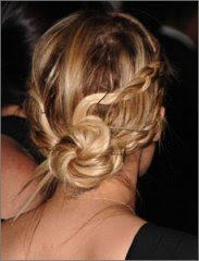 nicole_richie-braided-hairstyle-for-winter-2010-2011