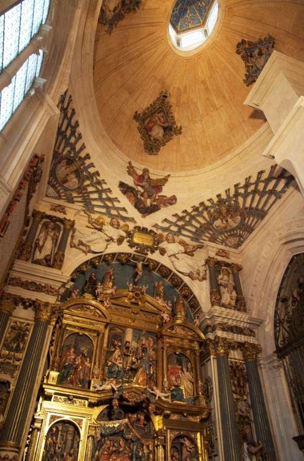 La restauración de la capilla de la Natividad en la Catedral de Burgos, segunda mejor Obra Social de las Cajas de Ahorro