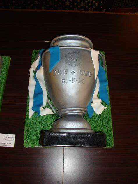 European Fa Cup Cake   Wedding Cakes   Cakeology