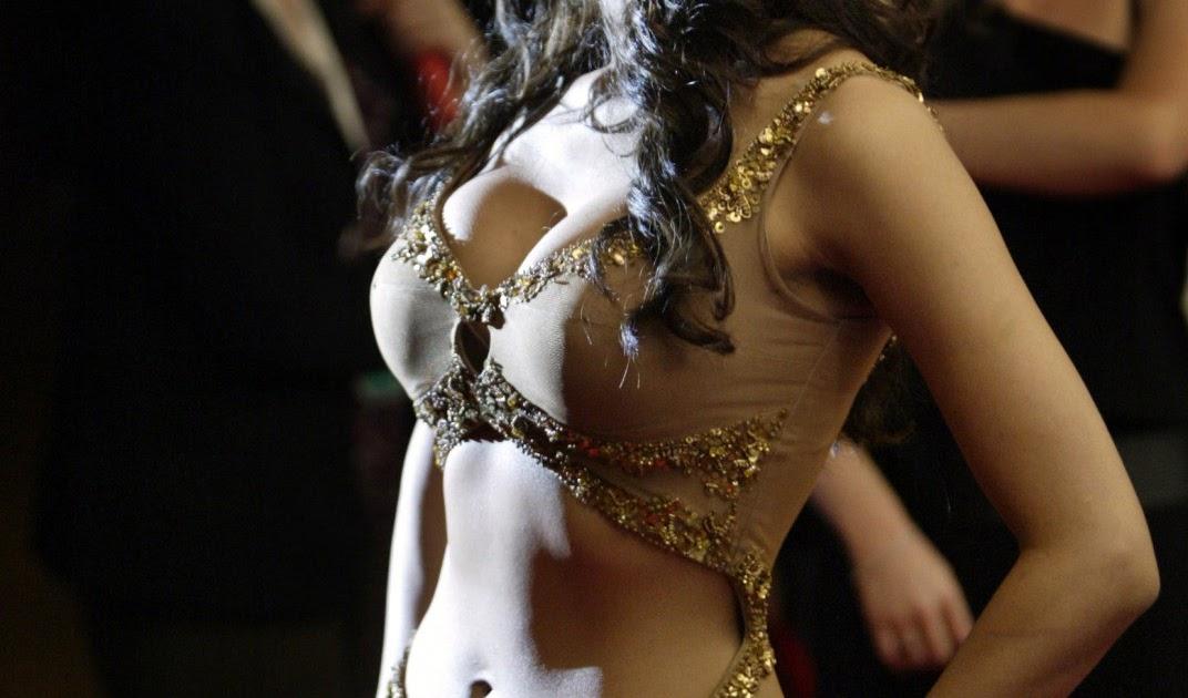 Malika sherawat hot and sexy photo-8112