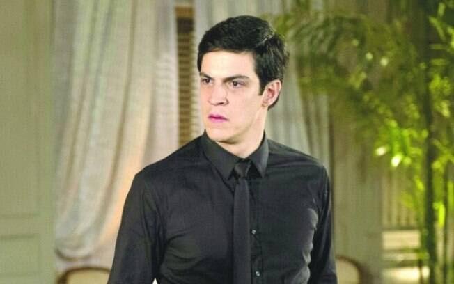 Félix (Mateus Solano), em Amor à Vida, xingava sua secretária de cadela. Foto: TV Globo / Divulgação