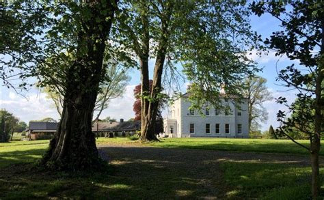 Opulent weddings at Boyne Hill House Estate   Wedding Journal