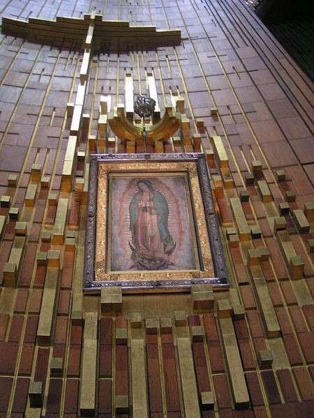Tilma de la Virgen de Guadalupe