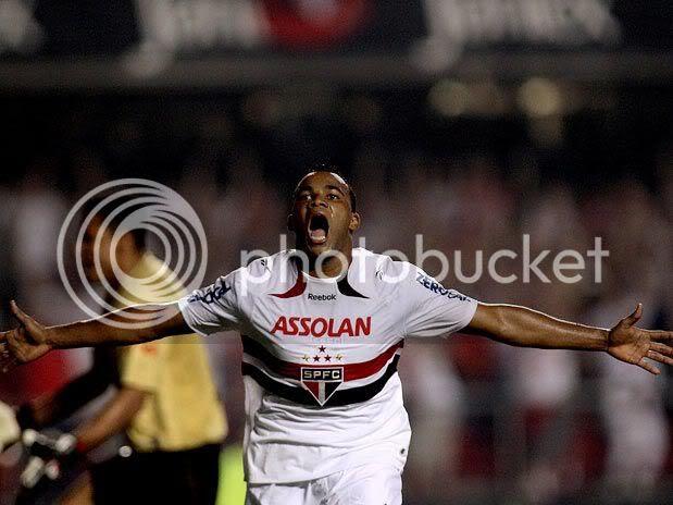 Fernandinho marcou o gol da vitória do SP