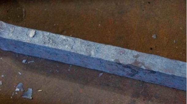 Una espada hecha de acero de Damasco