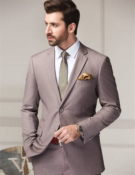 Get stylish Suits for men ? AcetShirt
