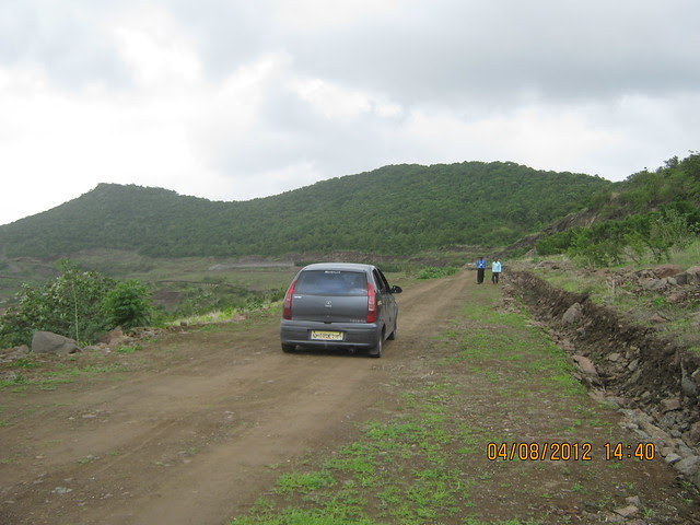 Cut, Demolished & Destroyed Hill of XRBIA Hinjewadi Pune - Nere Dattawadi, on Marunji Road, approx 7 kms from KPIT Cummins at Hinjewadi IT Park - 76