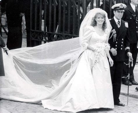 Kate Middleton and Prince William: The Royal wedding dress