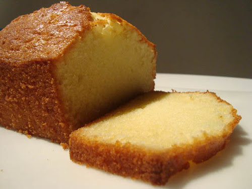 poundcake sliced